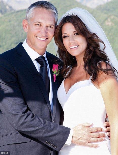 Gary Lineker 2020: Wife, net worth, tattoos, smoking ...