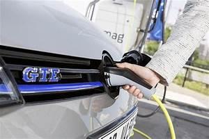 Batterie Voiture Hybride : volkswagen golf gte comment recharger sa batterie ~ Medecine-chirurgie-esthetiques.com Avis de Voitures