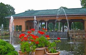 Shalimar Garden, a photo from Jammu and Kashmir, North ...