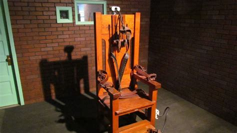 histoire de la chaise l 39 histoire de la chaise électrique