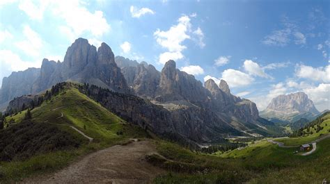mountain range between and italy dolomites mountain range in italy thousand wonders
