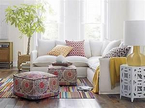 le gros coussin pour canape en 40 photos With tapis chambre bébé avec canape confortable mal au dos