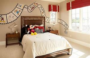 25 disney inspired rooms that celebrate color and creativity for Disney bedroom decor