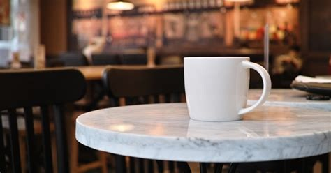 ธุรกิจร้านกาแฟไปได้สวย ด้วยฮวงจุ้ยร้านกาแฟ Organic Coffee Winnipeg Bags Alibaba Singles Roasters Uk Tea Canada Grounds Eye Oak Table With One Drawer Zaryna