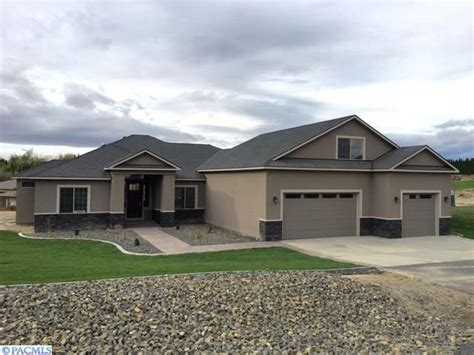 Homes For Sale Kennewick Wa by 94501 E Ct Kennewick Wa 99338 Home For Sale And