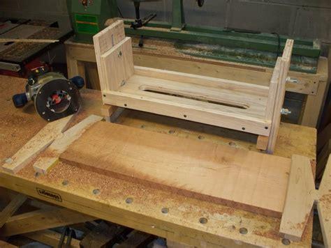 minimalists router sled  flattening rough cut lumber