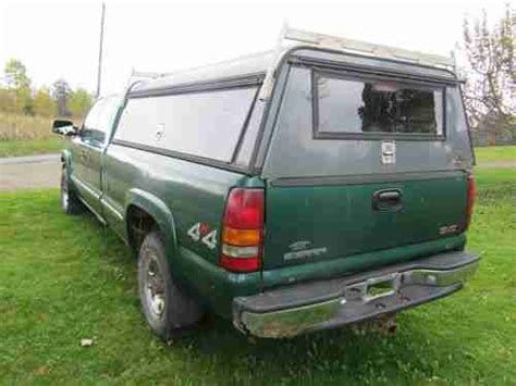 car maintenance manuals 2000 gmc sierra 2500 security system sell used 2000 gmc sierra 2500 sl 4 x 4 extended cab pickup 3 door 6 0l long bed in forksville