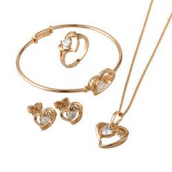 earrings trends collectie