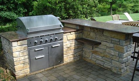 veneer outdoor kitchen outdoor kitchens hirsch brick and stone