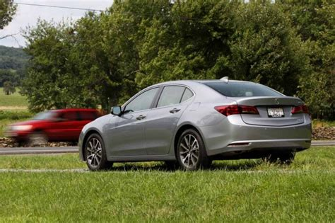 acura tlx review tech refinement puts   tlx