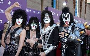 Kiss Picture 1 - 2012 Acm Awards