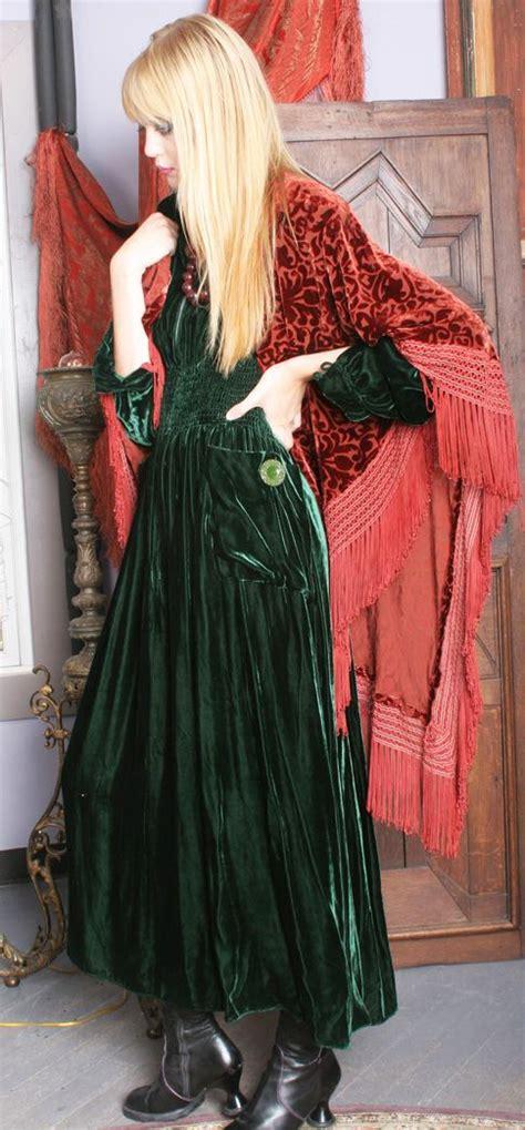 ideas  velvet dresses  pinterest red velvet
