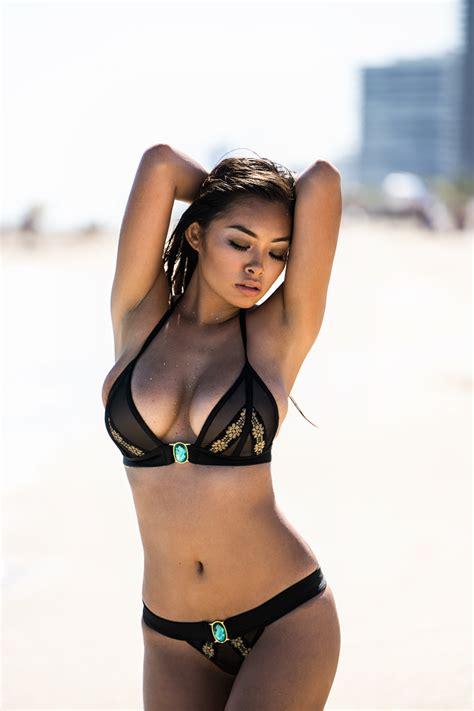 vivian chau miami bikini flaunts ampedasia bod amped asia jerking worth unnamed1