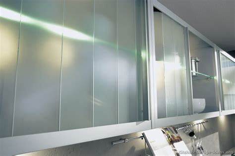 Kitchen Cupboards With Sliding Doors by Pictures Of Kitchens Modern Two Tone Kitchen Cabinets