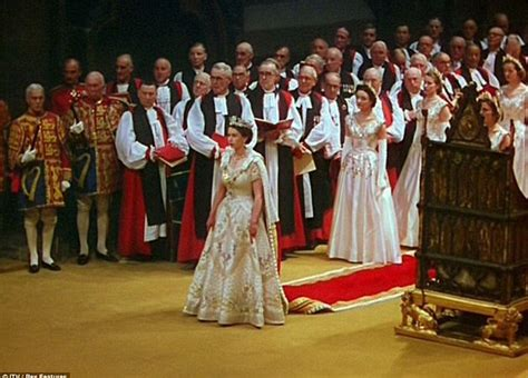 beautiful paintings   queen   coronation gown