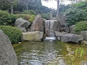 Kleiner Bachlauf Garten : kleiner gro er wasserfall bild von japanischer garten ~ Michelbontemps.com Haus und Dekorationen