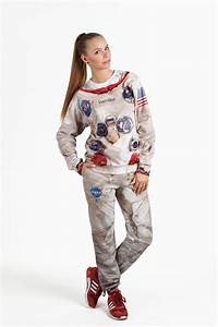 A Comfortable Sweatsuit Modeled After the NASA Apollo 11 ...