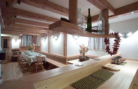 arredamento taverna rustica tavernetta arredamento
