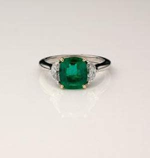 non traditional engagement rings what the emerald