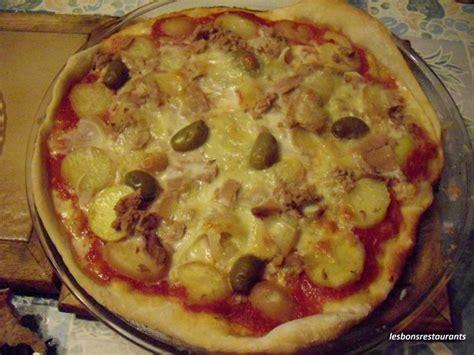 recette pizza aux pommes de terre et au thon recette