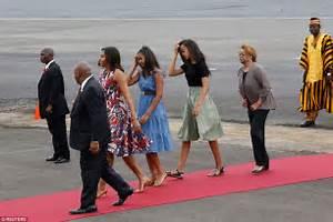 Michelle, Sasha and Malia Obama arrive in Marrakesh ...