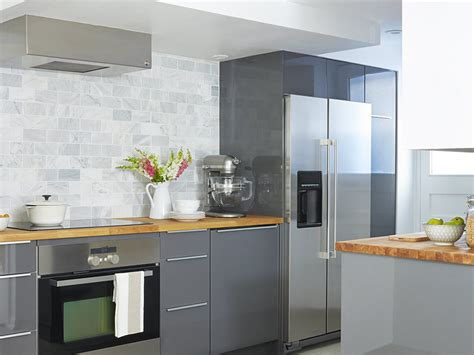 low ceiling kitchen cabinets pynn a small kitchen with a low ceiling calls 7190