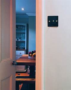 An Easy Guide On How To Change Over A Light Switch Plate