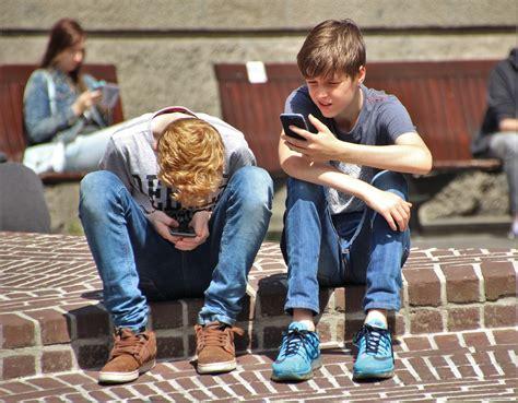 handys und prepaid karten fuer kinder und jugendliche