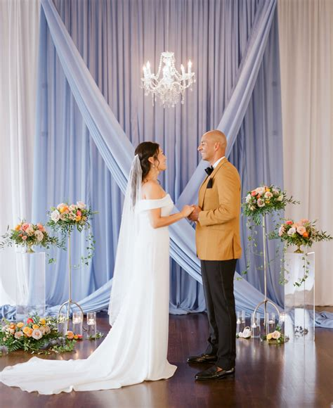 Sophisticated Tampa Bay Bride and Groom Exchange Vows