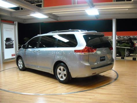 Used Cars For Sale Toyota Sienna 2011