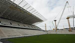 Fußball Weltmeisterschaft 2014 Stadien : stadionbau neuer r ckschlag f r brasilien ~ Markanthonyermac.com Haus und Dekorationen