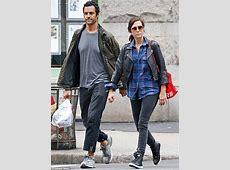 Kristen Wiig and boyfriend Avi Rothman keep it casual as