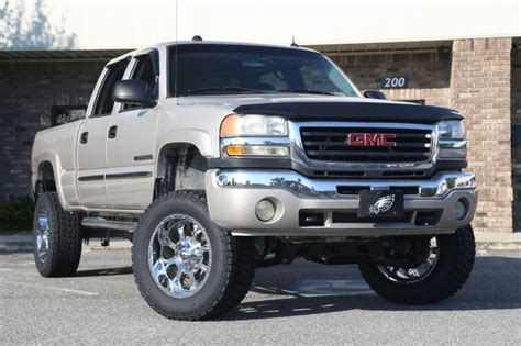 lifted gm trucks  suvs trinity motorsports