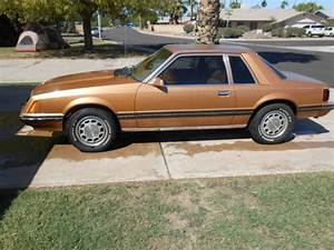 1980 Ford Mustang Ghia Sedan 2-Door 4.2L - Classic Ford Mustang 1980 for sale