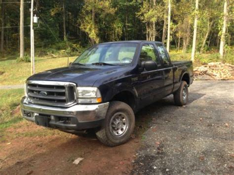 find   ford   super duty xlt crew cab pickup