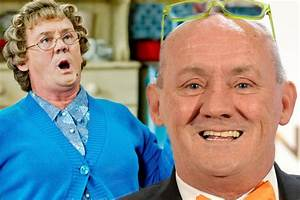 Mrs Brown's boys star Rory Cowan reveals his dad never ...