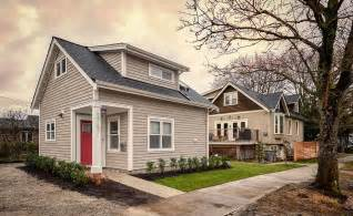 Simple Canadian House Ideas Photo by Premier Designer Builder Of Laneway Homes In Vancouver