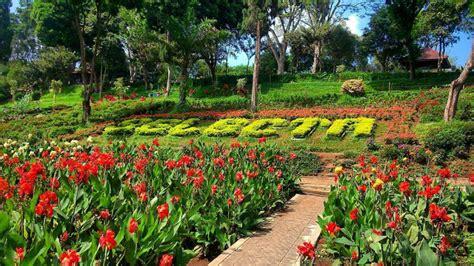 taman selecta salah satu wisata romantis  kota batu