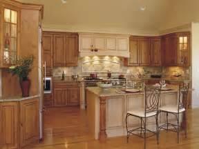 Aristokraft Oak Kitchen Cabinets by Traditional Kitchen Kitchen Design Ideas Kitchen