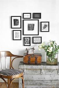 22 luxury interior design wall frames rbserviscom for Interior design wall of frames
