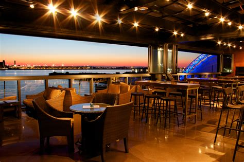 Harborside Grill And Patio Hyatt Harborside Boston by Best Rooftop Bars In Boston For Great Patios With Great Views