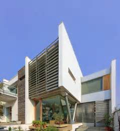 house architect design modernist house in india a fusion of traditional and