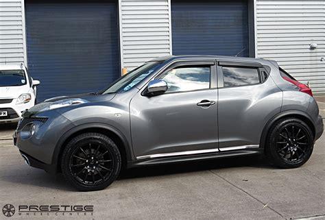 nissan juke  pro race  wheels  gloss black
