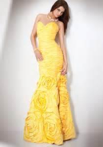 yellow bridesmaid dresses memorable wedding planning colors for your wedding wedding dresses flowers and more