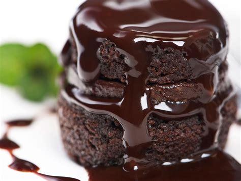 chocolate cake  breakfast  food trend