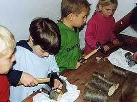 Zettelhalter Selber Basteln : bastelideen basteln workshops mit kindern basteln ~ Lizthompson.info Haus und Dekorationen