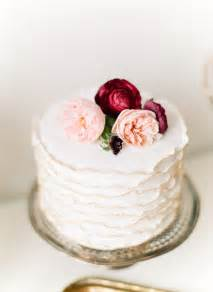 small wedding cakes for intimate ceremonies elope in