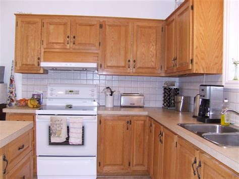 refaire les armoires de cuisine armoires de cuisine en chène quot veines quot