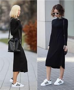 des baskets superstar avec une robe mi longue noire pour With robe sport chic