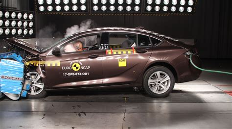 news euroncap  star heroes include  holden commodore